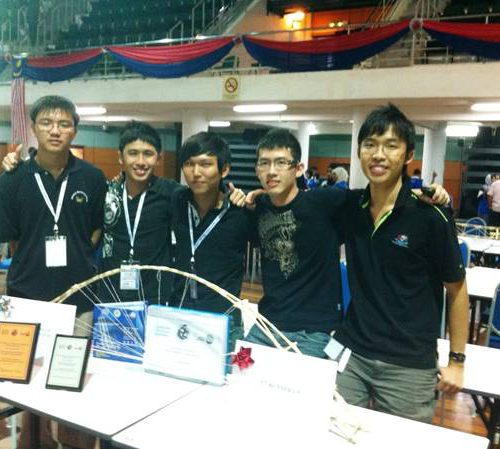 Curtin Sarawak students shine in Asia Pacific Universities Build and Break Competition