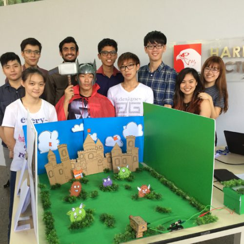 Curtin students showcase physics projects