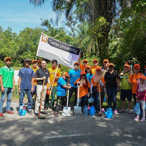 Curtin Sarawak supports nature conservation at Piasau Nature Reserve