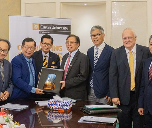 Chief Minister launches Curtin Malaysia 20th Anniversary Scholarships