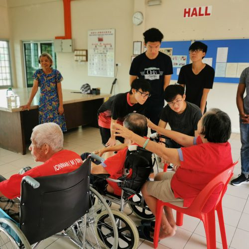 Curtin foundation students bring joy to senior citizens