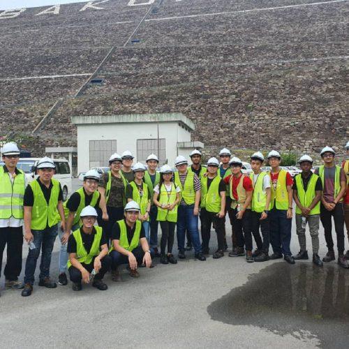 Curtin Malaysia engineering students visit Bakun Dam