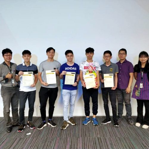Curtin Malaysia foundation students showcase physics projects